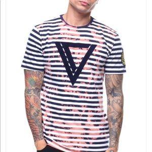 VIE Riche tee shirt bleached  size medium